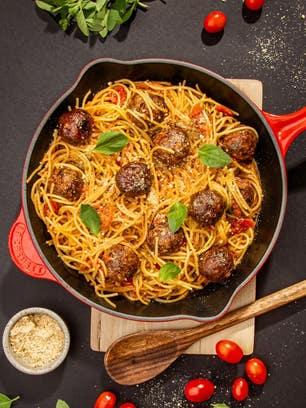 Espaguete com Almôndegas ao Pomodoro